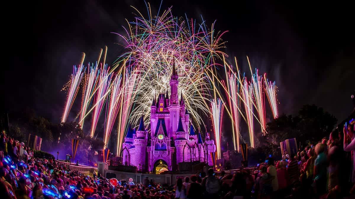 How To Photograph Fireworks At Walt Disney World